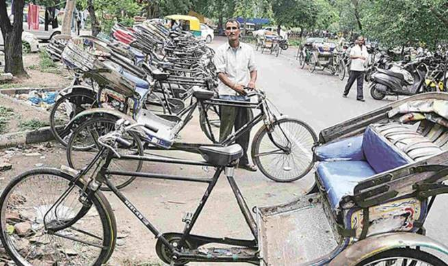 rickshaws211743dl1462759 (1)